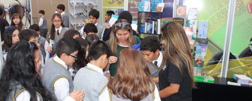 UA nuevamente presente en Feria Internacional del Libro Zicosur
