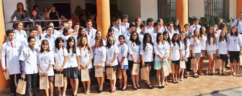 49 estudiantes de medicina fueron parte de la Ceremonia Fonendo