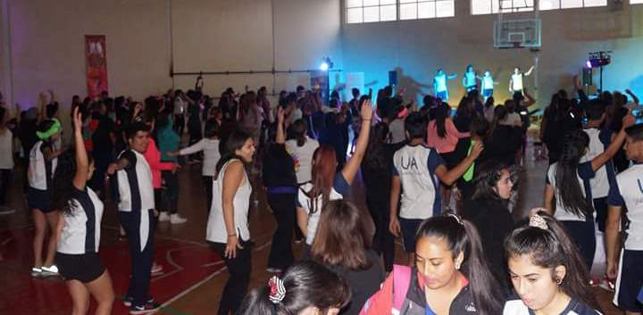 Fitness Masivo hizo bailar a comunidad universitaria