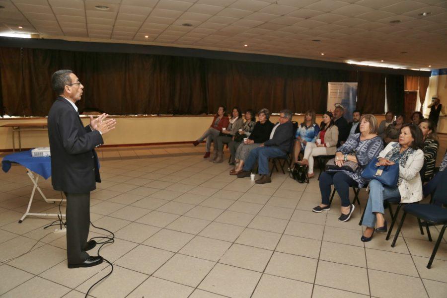 Director de Vinculación y Comunicaciones UA, apoyó ciclo de cine de club rotario.