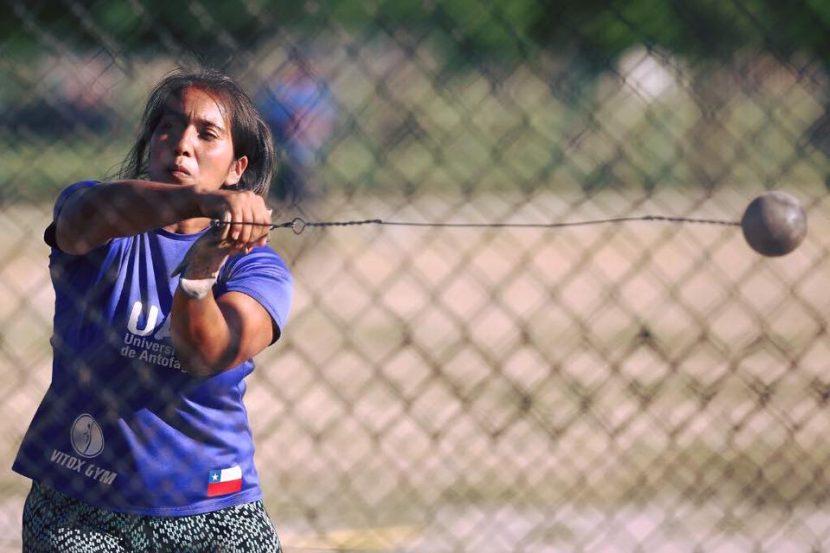 """Leslye Torrejón, atleta UA: """"Espero cerrar el año entre las 3 mejores de Chile"""""""