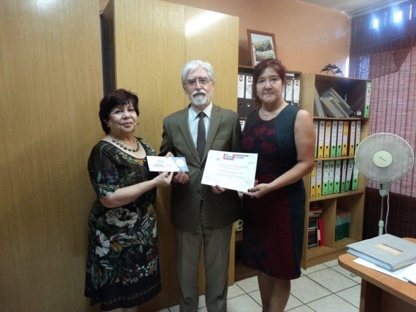 UA entrega 64 becas de inglés para alumnos del Liceo Técnico A-14