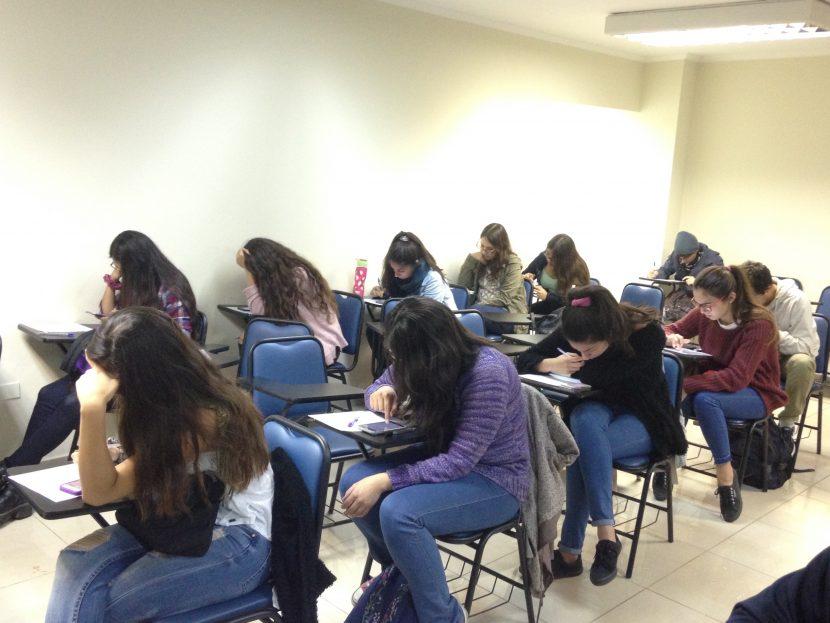 Estudiantes de Odontología rindieron novedosa prueba vía aplicación móvil