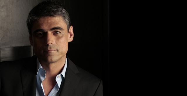 Escritor Pablo Simonetti visitará la UA