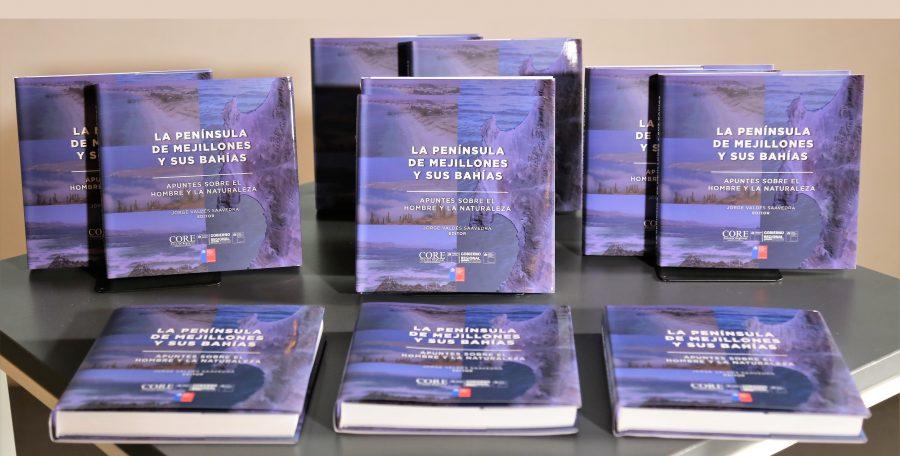 UA presenta libro sobre la Península de Mejillones y sus bahías