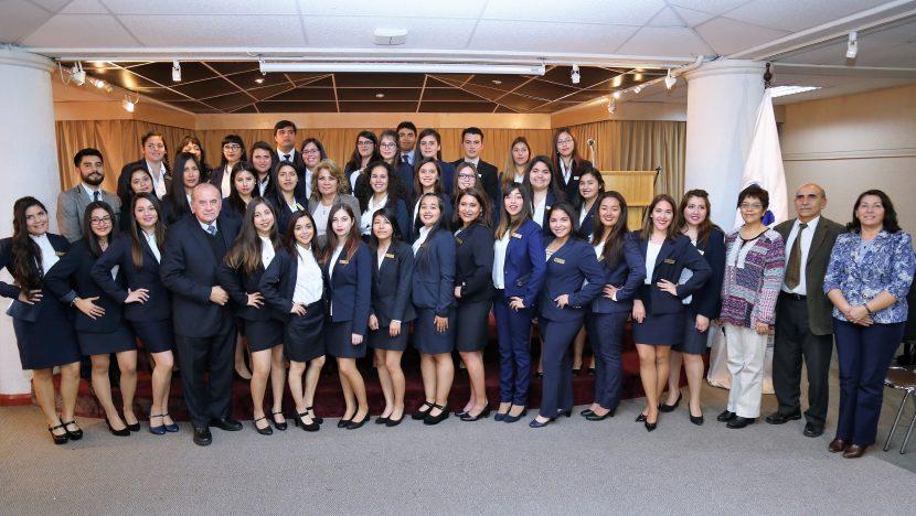 38 estudiantes de Trabajo Social inician práctica profesional