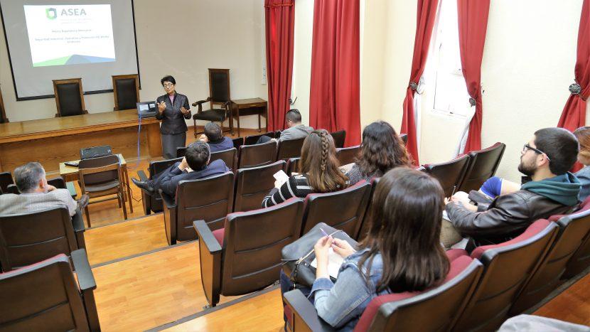 Estudiantes de Derecho UA conocieron experiencia mexicana