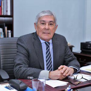 Rector Luis Alberto Loyola